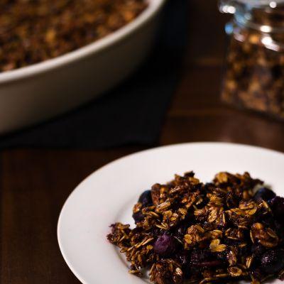 Blueberry Granola Crisp