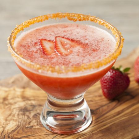 Strawberry and Sriracha Blended Margarita Recipe | Pasolivo